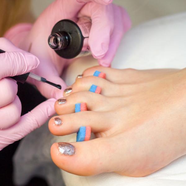جدا کننده انگشت پا برای لاک زدن ناخن های پا