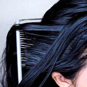 بهترین مارک شامپو موهای چرب و شوره دار | شامپو ضد شوره مخصوص موهای چرب ایرانی