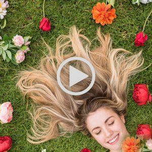 فیلم آموزش مرحله به مرحله آمبره کردن مو با تکنیک پوشینگ