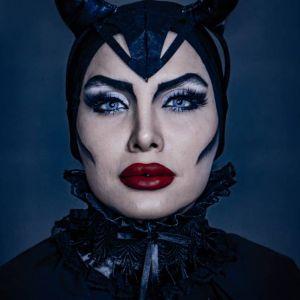 فیلم آموزش میکاپ هالووین مدل آنجلینا جولی به سبک جادوگر