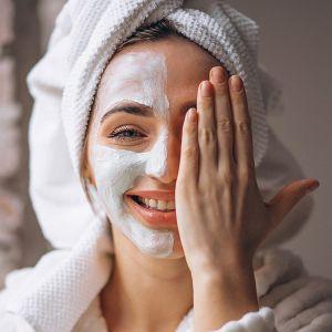 پاکسازی پوست   چرا باید پوست را پاکسازی کنیم؟
