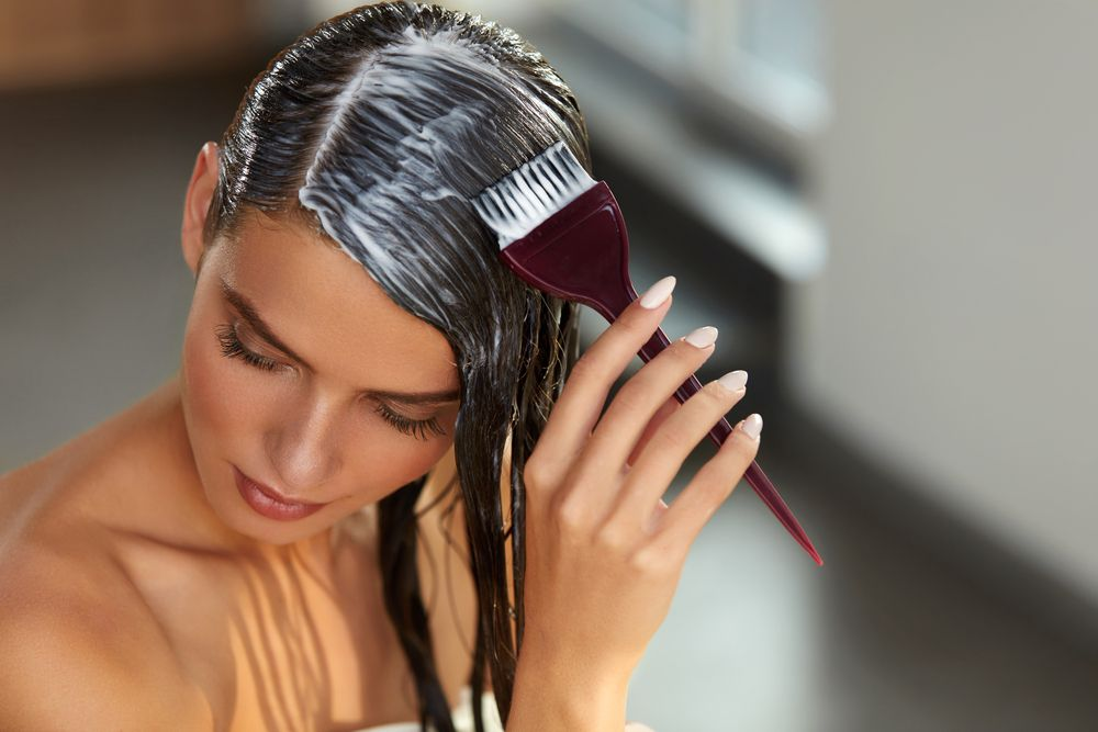 آموزش رنگ کردن مو در منزل به روش آرایشگران