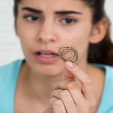 14 راهکار برای جلوگیری از ریزش مو